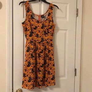 Dresses & Skirts - Cute Halloween dress with pumpkins and black cats